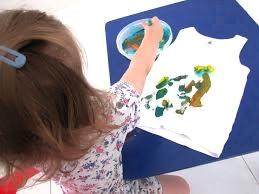 Malowanie koszulek dla dzieci