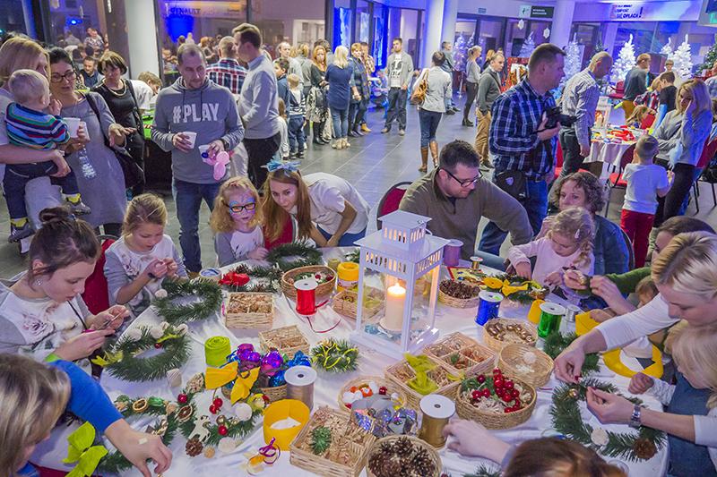 Warsztaty tworzenia stroików świątecznych